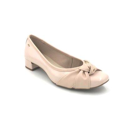 Sapato Dakota Salto Baixo Verniz Aveia Com NóG2252